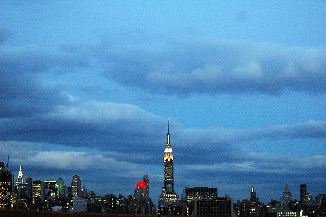 A view of the Manhattan skyline by Bruno J. Navarro.